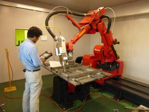 ファイバーレーザーロボット溶接機